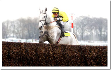 SILVER BY NATURE Ridden by Peter Buchanan wins at Haydock 19/2/11