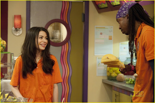 iCARLY  301 iGot  a Hot Room Miranda Cosgrove (Carly Shay) and  T-Bo (Boogie) in iCarly on Nickelodeon. Photo Credit: Lisa  Rose/Nickelodeon. ©2010 Viacom International,Inc. All Rights Reserved