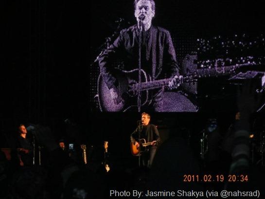 bryan adams concert picture
