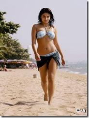 Neeru Singh bikini (2)
