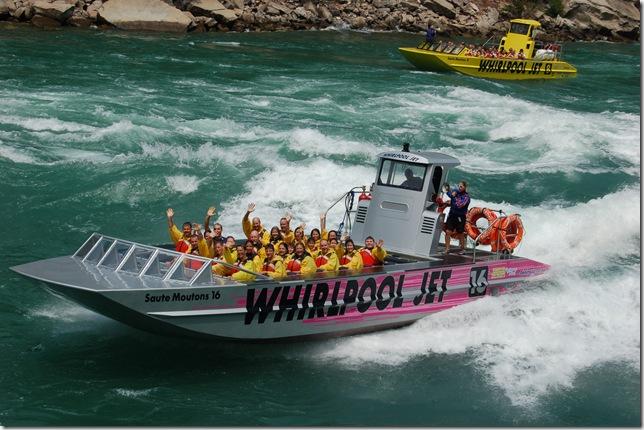Speedboat-Niagara210
