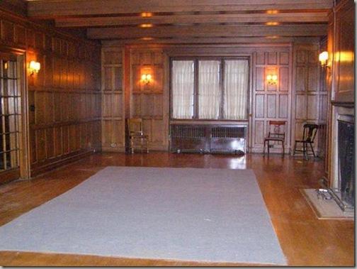 4004 living room