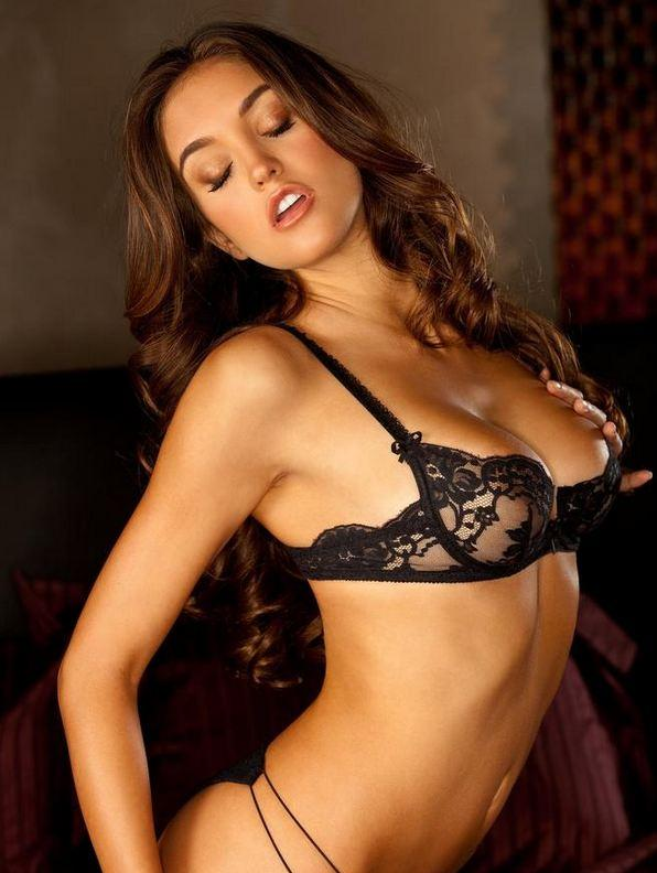 Jaclyn Swedberg Playmate Abril 2011