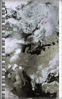 NOAA 15 northbound 66E at 10 Jul 2010 14:31:11 GMT on 137.50MHz, class enhancement, Normal projection, Channel A: 2 (near infrared), Channel B: 4 (thermal infrared)