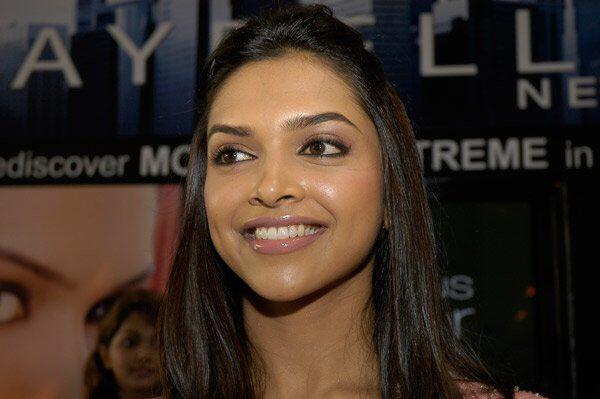 Deepika Padukone: Beautiful Eyes