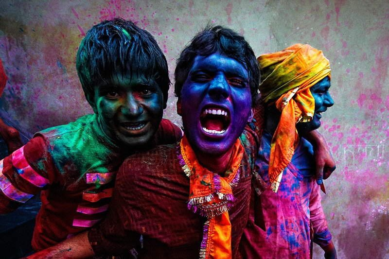 PHOTOS By Poras Chaudhary: Colors of India