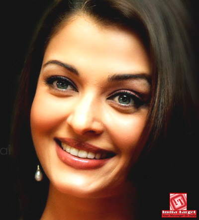 Ash Close-Up Shots: Aishwarya Rai... Up Close