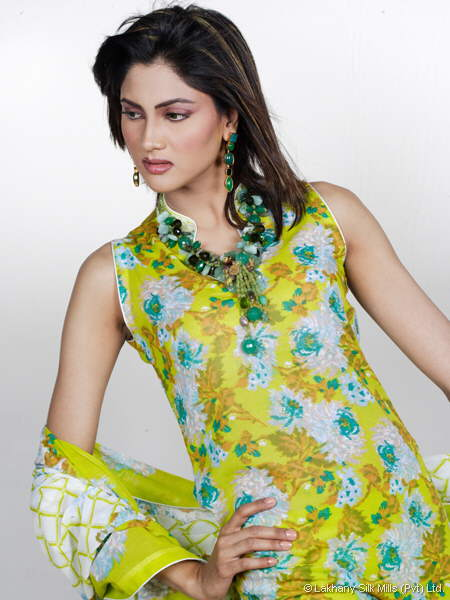 Salwar kameez --- Girls Fashion