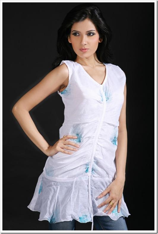 White Kurta Style White Cotton Kurti Style