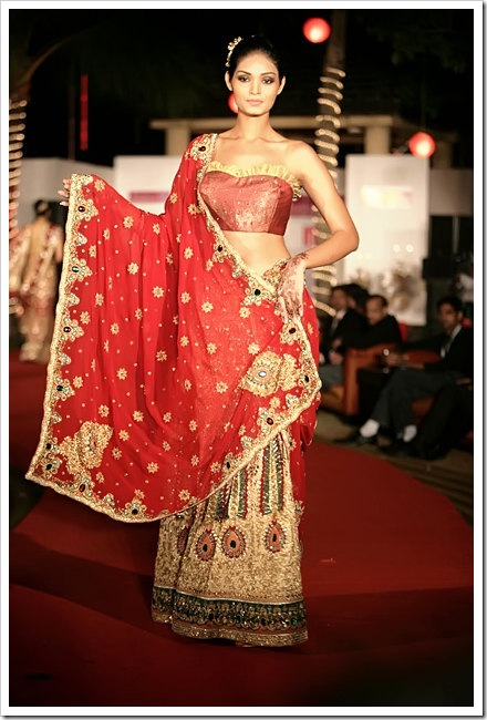 Indian Bridal Wear Collection, Latest Bridal Dresses Collection Indian bridal collection11
