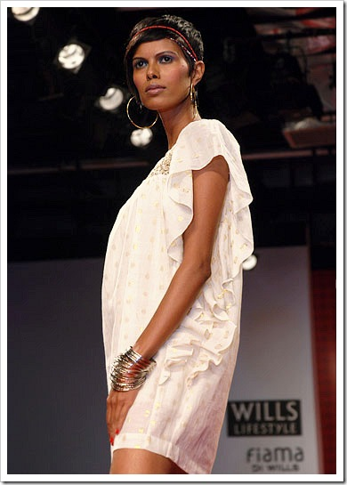 Ritu kumar's summer wear collection at LFW_4