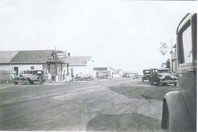 Ponsford_Main_Street1