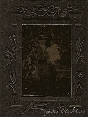 Extra Tintype Man with baby