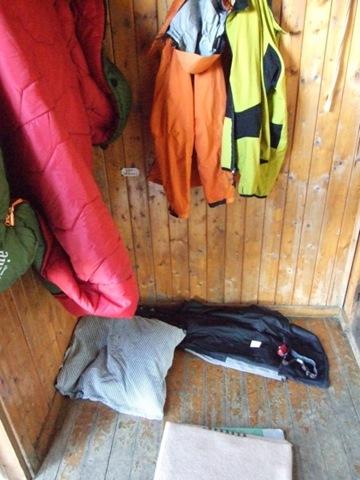 01-Vorraum der Hütte