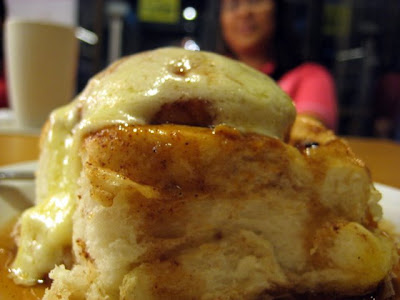 Annipie's Classic Cinnamon Roll. Drool-worthy!
