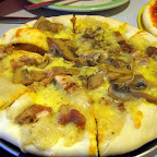 Johan's Special at Boyd's Pizza: loaded with chicken meat, mushrooms, cheese, and white sauce