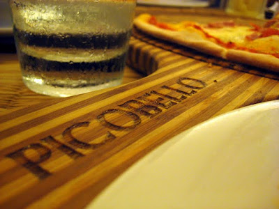 Wooden pizza trays engraved with Picobello branding