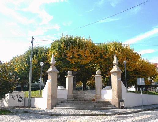 8. Fundão - Largo Espirito Santo