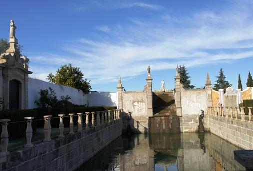 Castelo Branco - Jardim do Paço Episcopal - cascata de Moisés e tanque grande 1