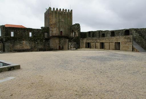 Belmonte - castelo - interior 10