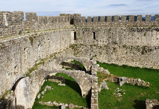 Pombal - Castelo de Pombal - muralha interior