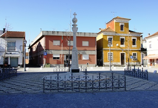 Vagos - monumento em homenagem ao centenário da republica