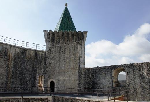 Porto de Mós - Castelo - interior 3