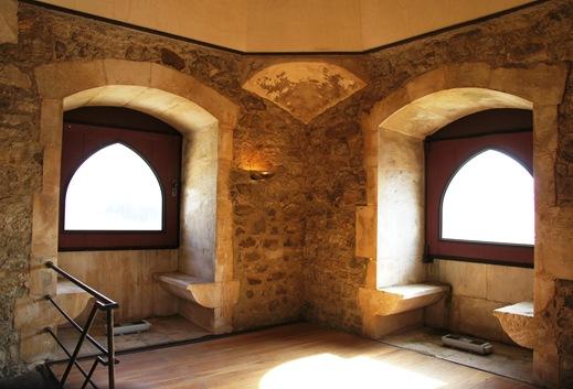 Porto de Mós - Castelo - interior da  torre