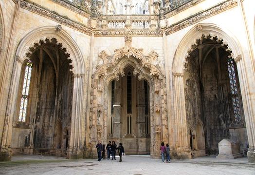 Batalha - Mosteiro de Santa Maria da Vitória- capelas imperfeitas 6