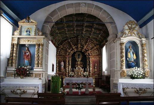 Glória Ishizaka - Vila do Touro - igreja matriz - interior - altar