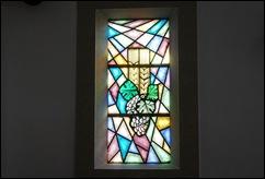 Sabugal - Glória Ishizaka - igreja de são joão - interior - vitral 1