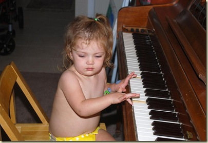 08-24 Keelie at the Piano