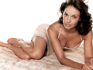ashley_judd_016