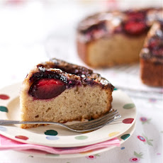 gluten free plum and cinnamon cake by Hannah Miles
