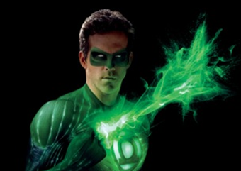 Ryan Reynolds Green Lantern Costume on Ryan Reynolds Green Lantern Costume 01