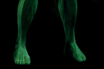 ryan-reynolds-green-lantern-costume-toes