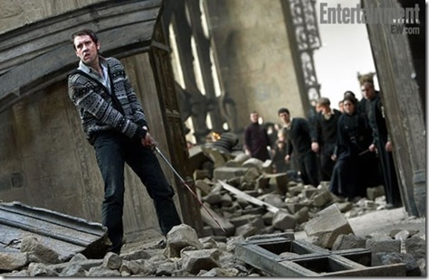 harry-potter-deathly-hallows-part-2-matthew-lewis-01