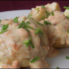 Jacket Potatoes With Cheesy Salmon Sauce Aust Ww 2.5 Pts