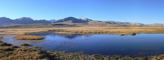 Le plateau d'Alichur (3863 m) sur la Pamir Highway (district de Murghab). Photo : Robert Middleton