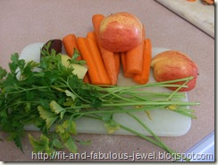 juicing vegetables and apples