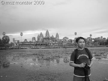 Happy Moz @ Angkor Wat