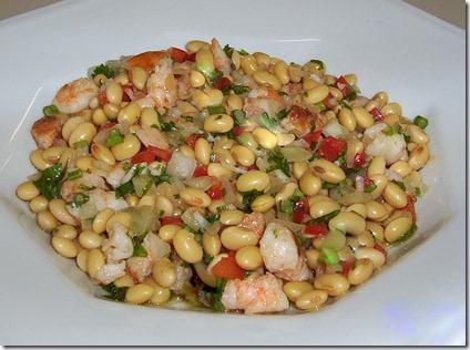 salada de camarão com feijão de Santarém