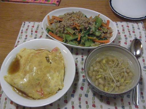 天津飯とビーンズスープ