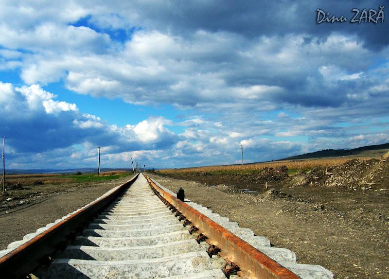 Calea ferată, undeva între Suceava şi Dărmăneşti