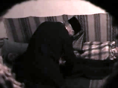 Stareţul mănăstirii Putna, Velnic Melchisedec, filmat în ipostaze stânjenitoare alături de un alt călugăr