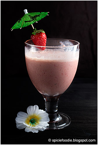 Strawberry Green Tea Smoothie