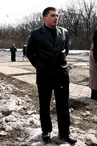 Митинг против вырубки леса (Пятихатки, 28.03.2010)Вероятно наблюдатель от гольф-клуба (моя субъективная оценка)