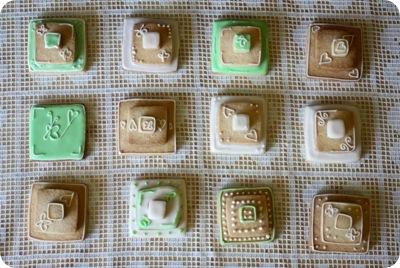 stackedweddingcookies04