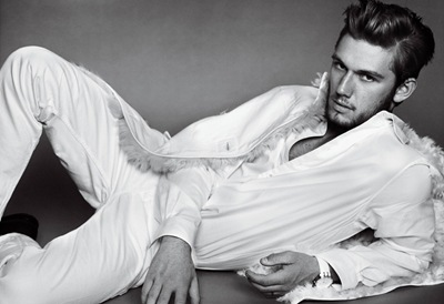 Alex Pettyfer by Mario Testino for VMan 22, Summer 2011