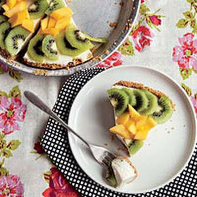 No-Bake Tropical Cheesecake Pie